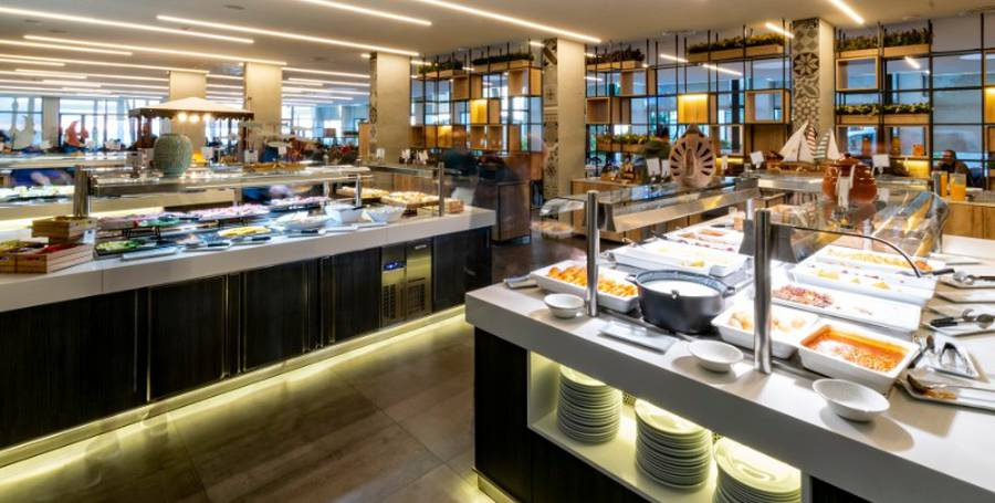 RESTAURANTE BUFFET CON SHOW COOKING Hotel Cap Negret Altea, Alicante
