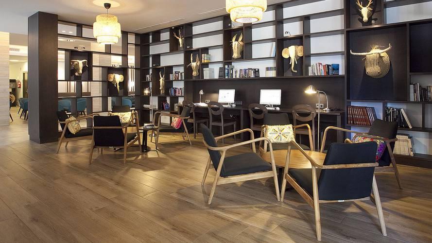 Biblioteca Hotel Cap Negret Altea, Alicante